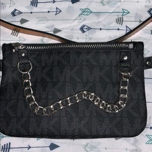 MK pull chain belt bag